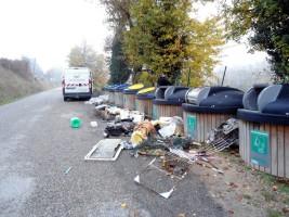 Dépôt d'ordures sauvages